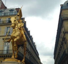 Statue of Jeanne d'Arc.