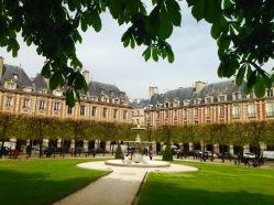 Place des Vosges.