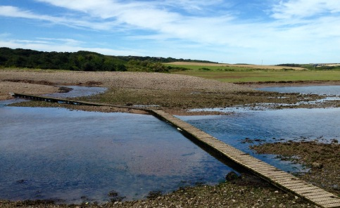 Tidal crossing between Musselwick and Dale.