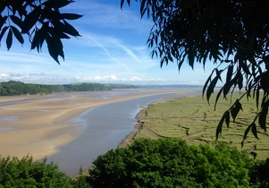 Approaching Laugharne via the Dylan Thomas Birthday Walk.