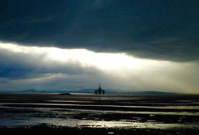 The Firth of Forth, oil rig.